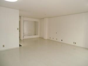 内装工事 天井・壁・床の貼り替え