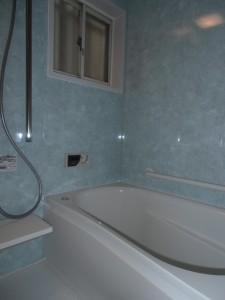 TOTO サザナ 1216タイプ やわらかい床 浴槽横手すり シャワーフック兼用縦手すり 片引き戸など便利なものばかり